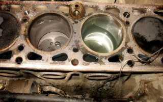 Что делать если вода попала в двигатель машины